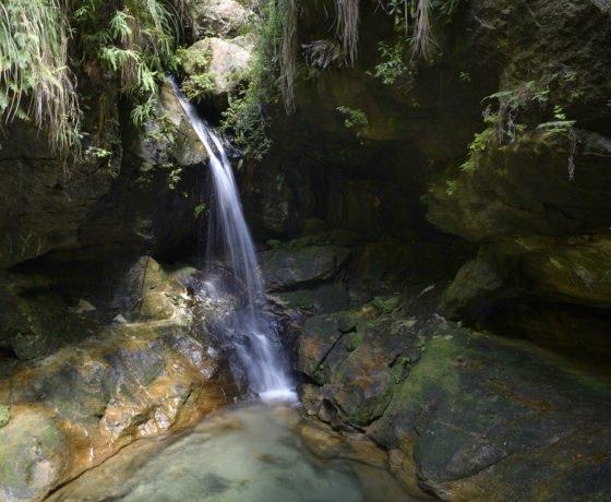 Wasserfall in den Schluchten von Isalo, Süd-Madagaskar
